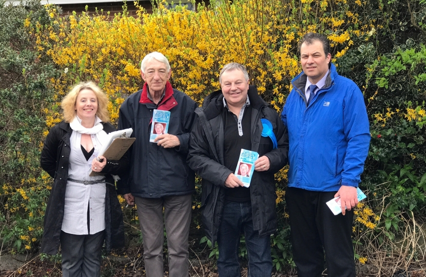 Cllr Gary Hickton (Petersham Division candidate) out canvassing our brilliant candidate Alan Griffiths in Long Eaton. Working hard for their communities